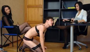 footdom-video11